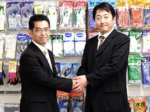 大崎さんと握手